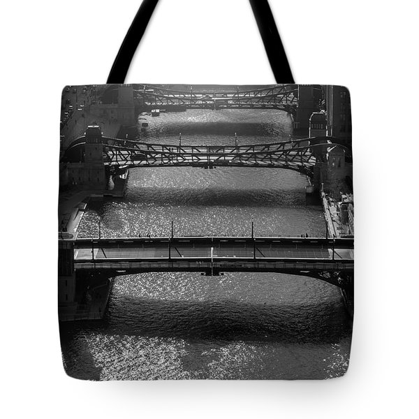 Chicago River Daylight Tote Bag