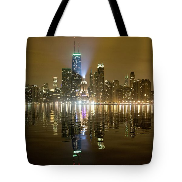 Chicago Skyline With Lindbergh Beacon On Palmolive Building Tote Bag