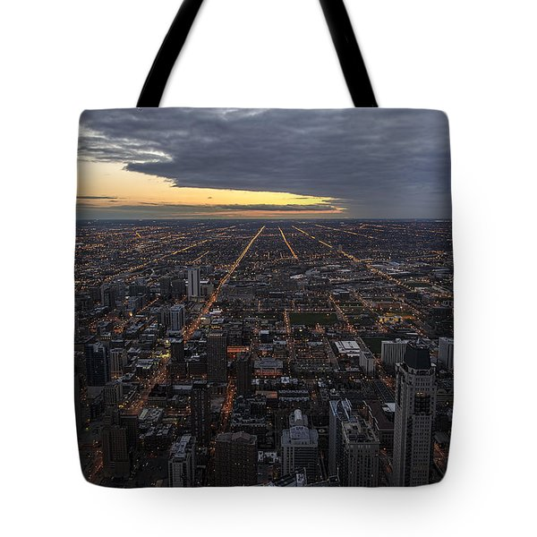 Tote Bag featuring the photograph Chicago Westward by Steven Sparks