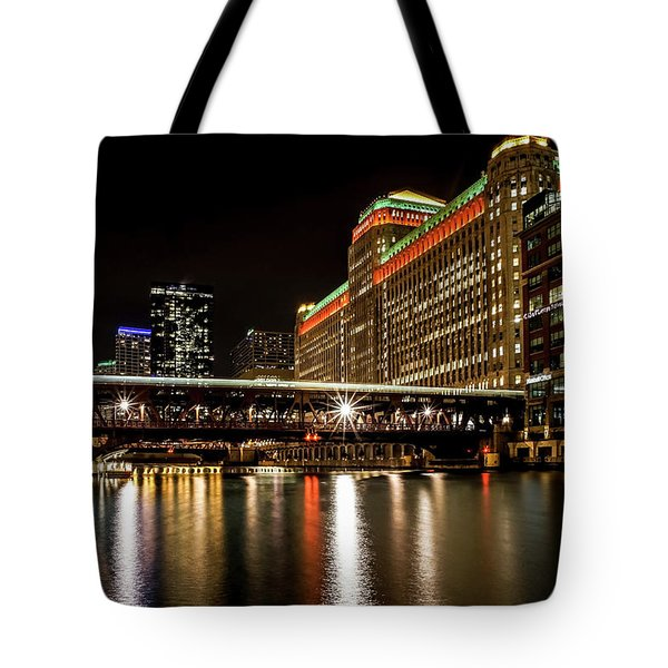 Chicago's Merchandise Mart At Night Tote Bag