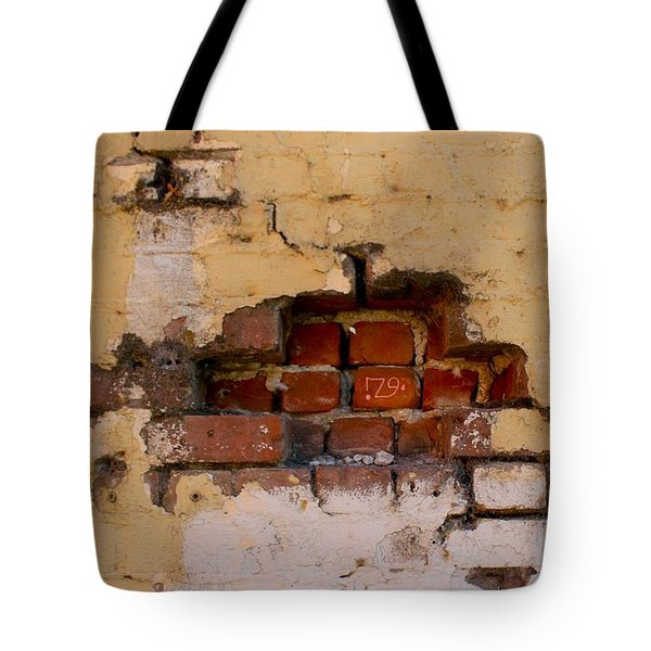 Chico Wall 79 Tote Bag