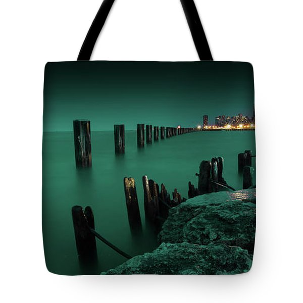 Chilly Chicago Tote Bag