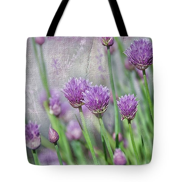 Chives In Texture Tote Bag