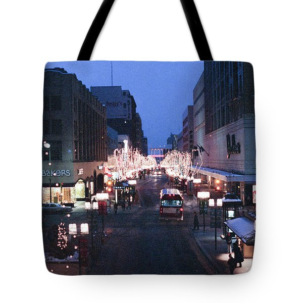 Christmas On The Mall Tote Bag