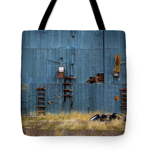 Chutes And Ladders Tote Bag