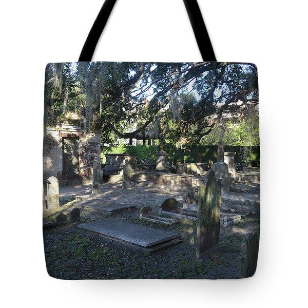 Circular Congregational Graveyard 1 Tote Bag