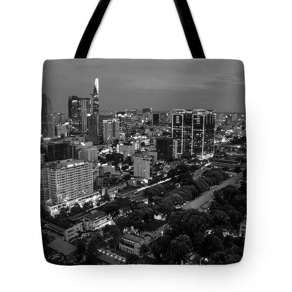 City Night 2 Tote Bag