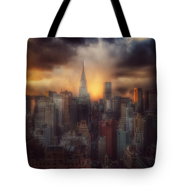 City Splendor - Sunset In New York Tote Bag by Miriam Danar