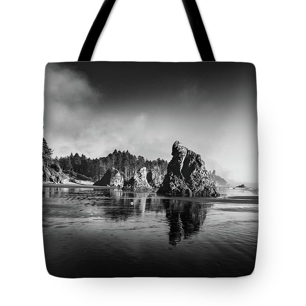 Clear Day At Ruby Beach Tote Bag