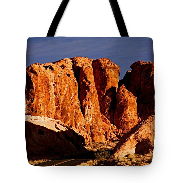 Cliffs In Valley Of Fire State Park, Nv Tote Bag