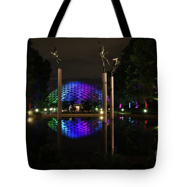 Tote Bag featuring the photograph Climatron 2017 by Andrea Silies
