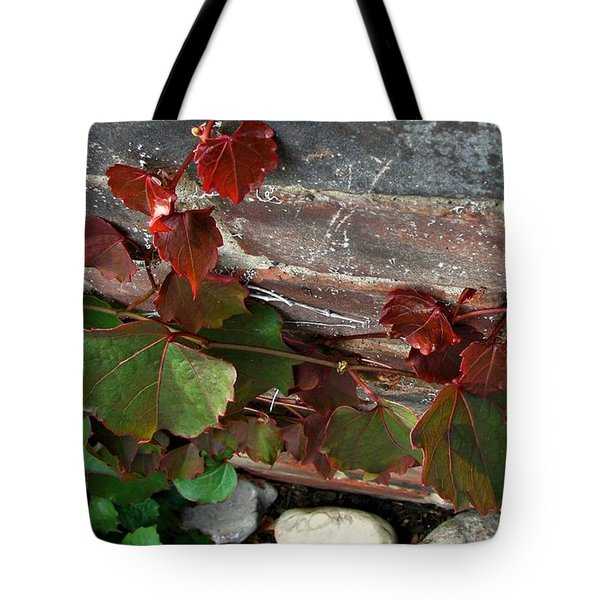 Climbing Ivy Tote Bag