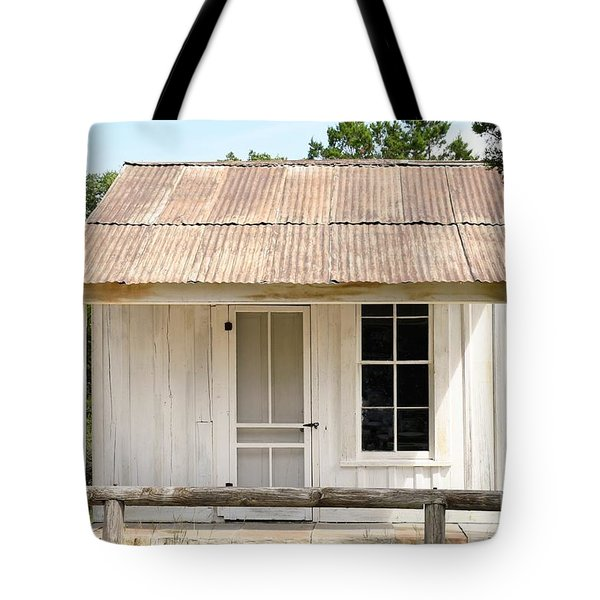 Tote Bag featuring the photograph Clint's Cabin - Texas - Close-up by Ray Shrewsberry