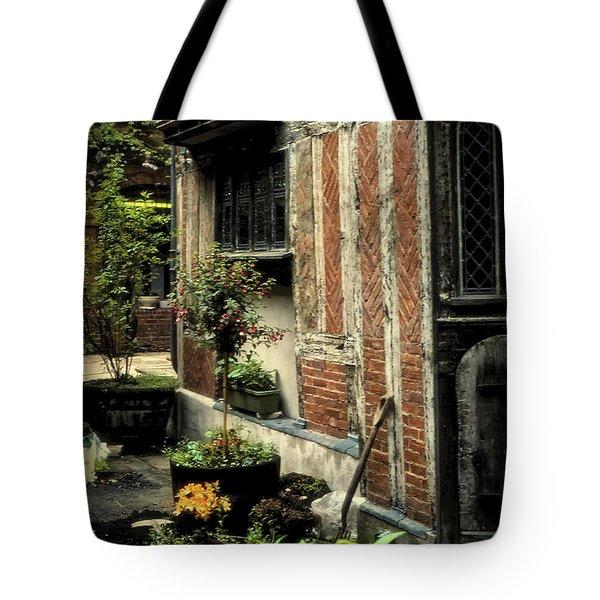 Cloister Garden - Cirencester, England Tote Bag