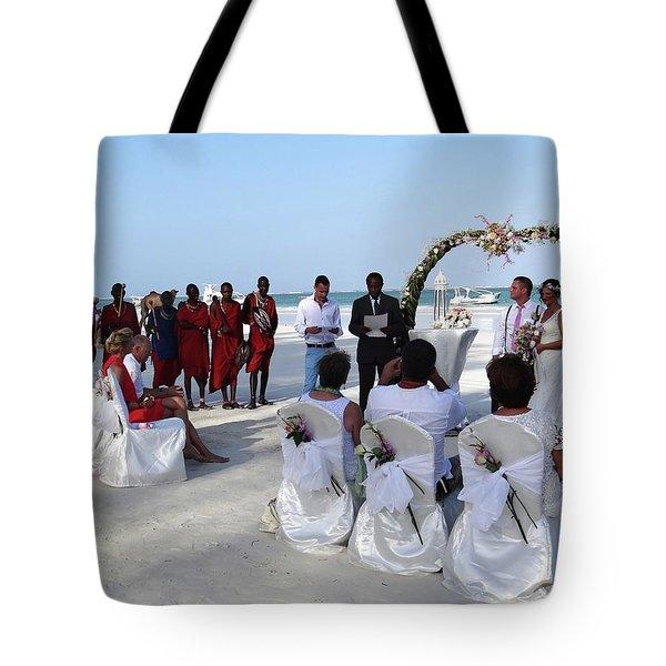 Close Up Kenya Baach Wedding Tote Bag