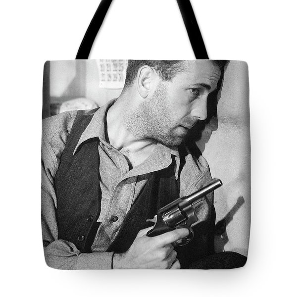 Close-up Up Of Humphrey Bogart As Duke Mantee With Gun The Petrified Forest 1936 Tote Bag