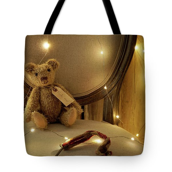 Closeup Toy Bcloseup Little Bear With Gift Tag And Old Key On Ch Tote Bag