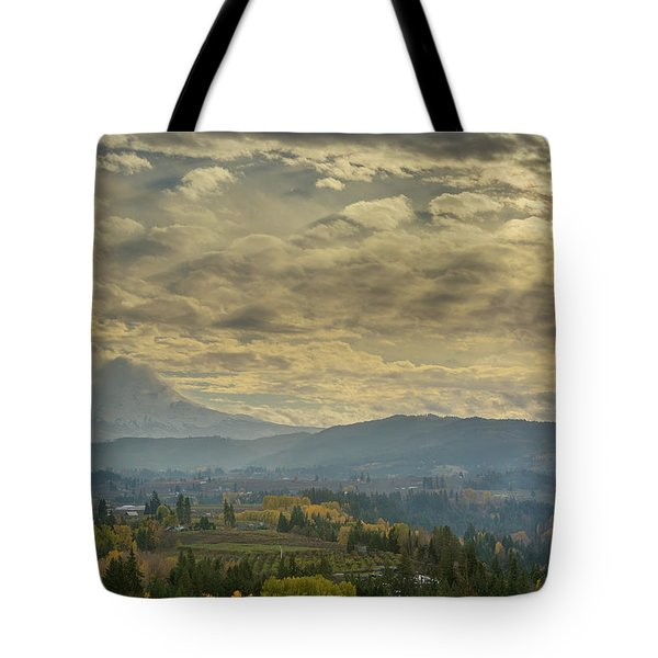 Clouds And Sun Rays Over Mount Hood And Hood River Oregon Tote Bag