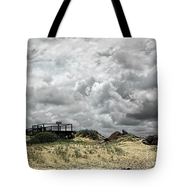 Tote Bag featuring the photograph Cloudy Beach By Kaye Menner by Kaye Menner