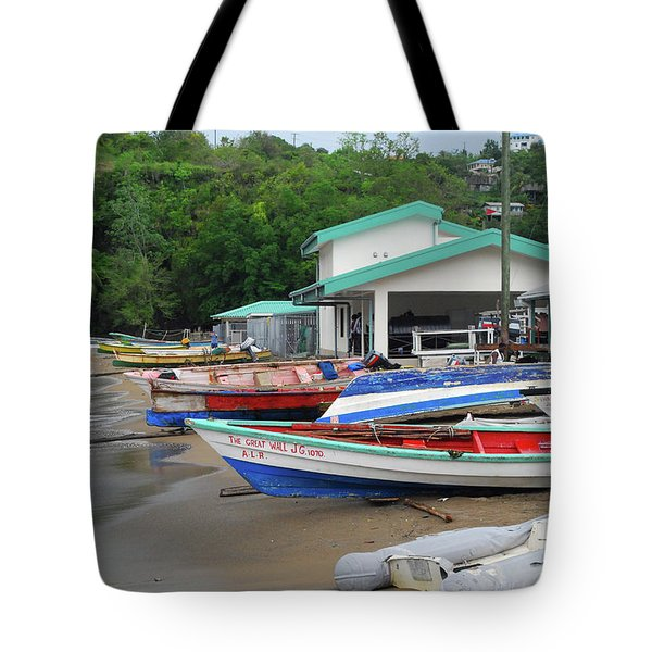 Tote Bag featuring the photograph Coast Line by Gary Wonning