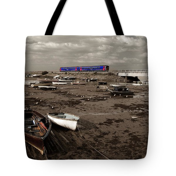 Cockwood Harbour Tote Bag by Rob Hawkins
