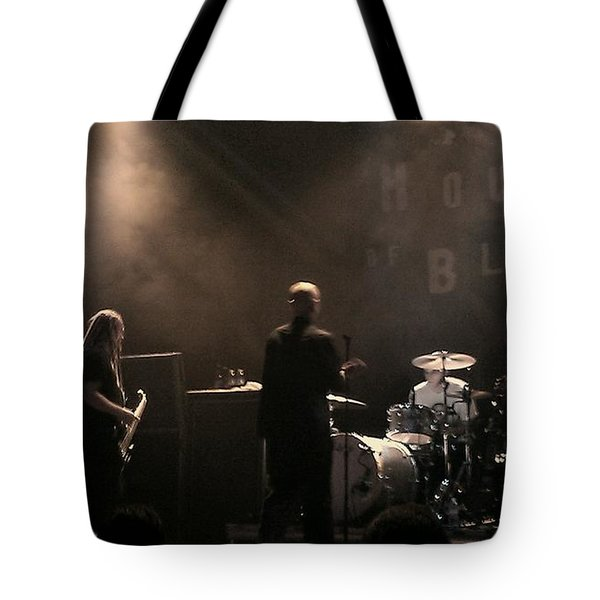 Cold's Back To The World Tote Bag by Stephanie Haertling