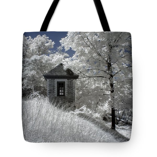 Colonial Williamsburg Shed On A Hill Tote Bag