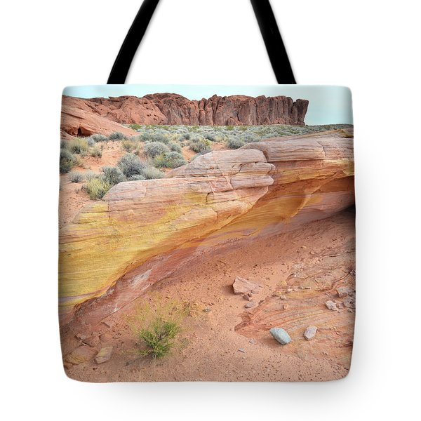 Tote Bag featuring the photograph Colorful Arch In Valley Of Fire by Ray Mathis