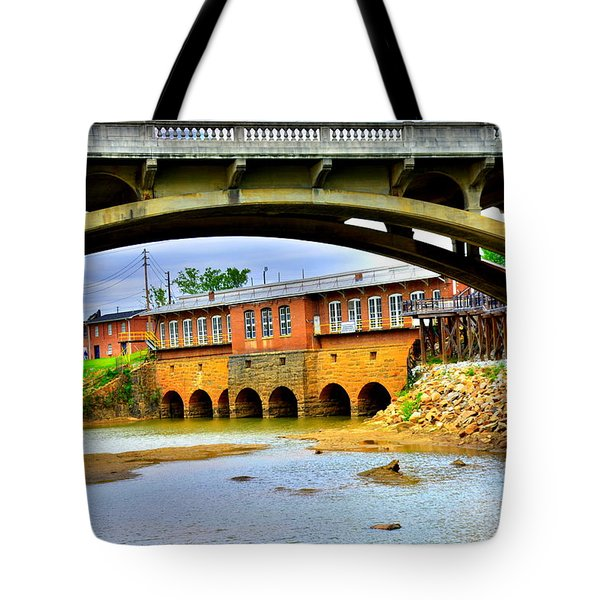Tote Bag featuring the photograph Columbia Canal At Gervais Street Bridge by Lisa Wooten