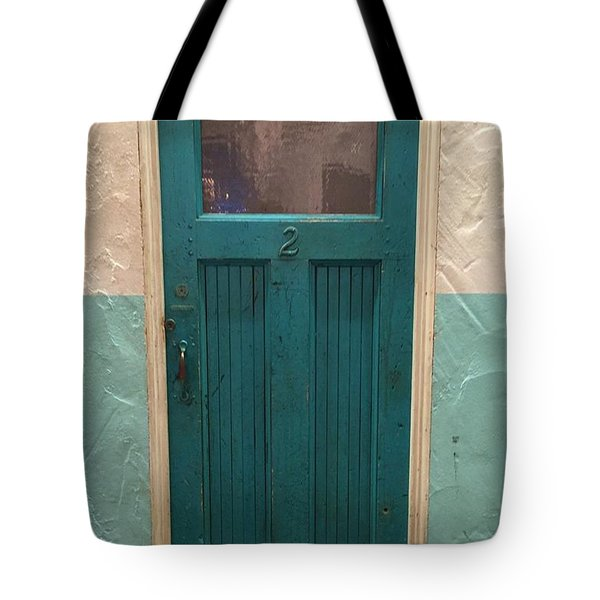 Tote Bag featuring the photograph Come In And Chat by Peggy Stokes