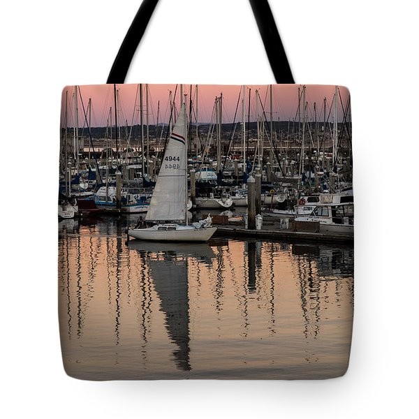 Tote Bag featuring the photograph Coming Into The Harbor by Lora Lee Chapman