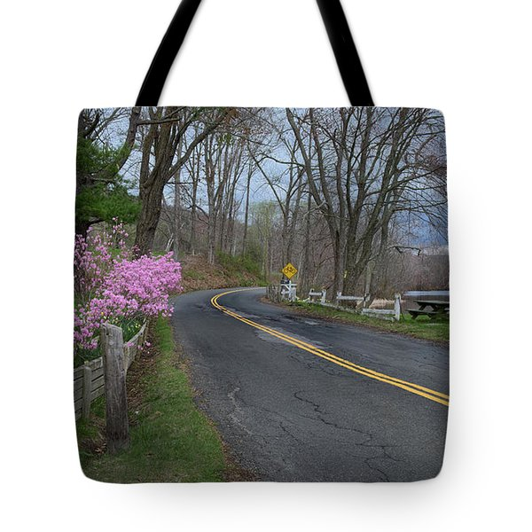 Tote Bag featuring the photograph Connecticut Country Road by Bill Wakeley