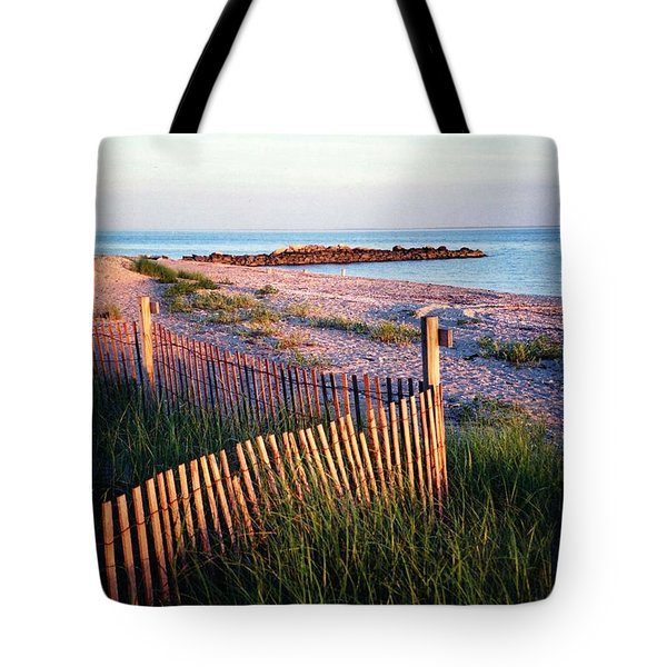 Connecticut Summer Tote Bag
