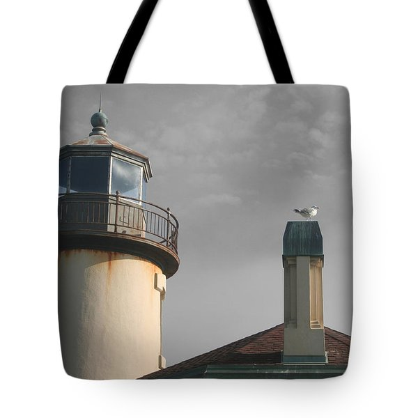 Coquille Tote Bag