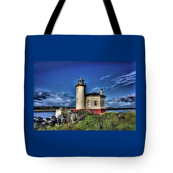 Tote Bag featuring the photograph Coquille River Lighthouse by Thom Zehrfeld