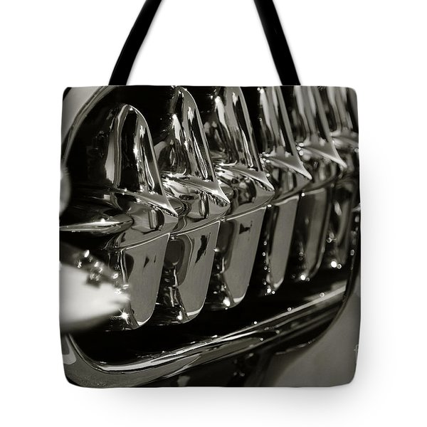 Corvette Grill Tote Bag