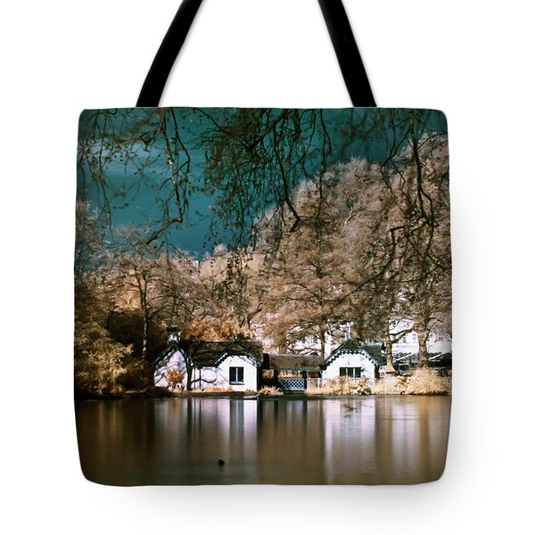 Tote Bag featuring the photograph Cottage On The Lake by Helga Novelli