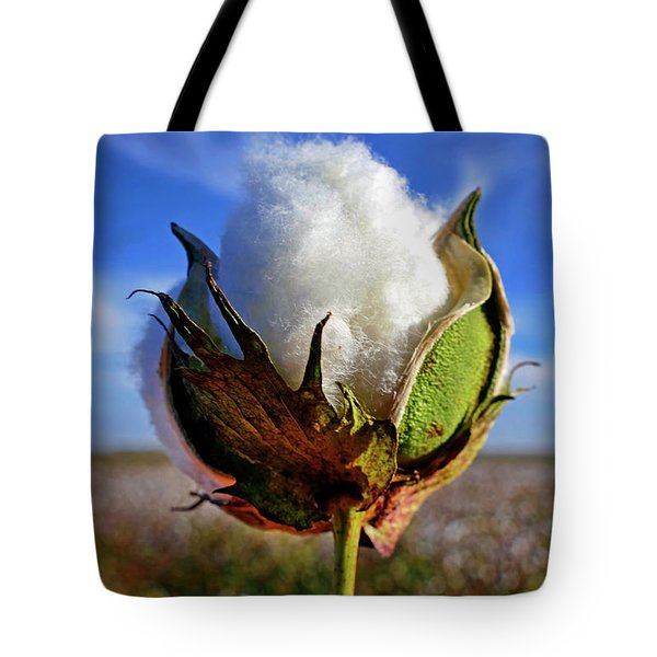 Tote Bag featuring the photograph Cotton Pickin' by Skip Hunt