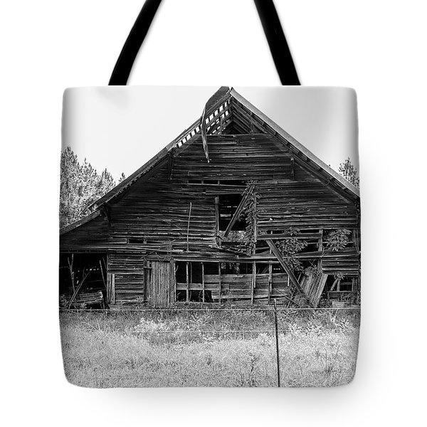 Country Treasure Bw Tote Bag