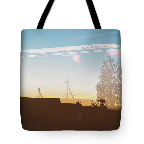 Countryside Boeing Tote Bag