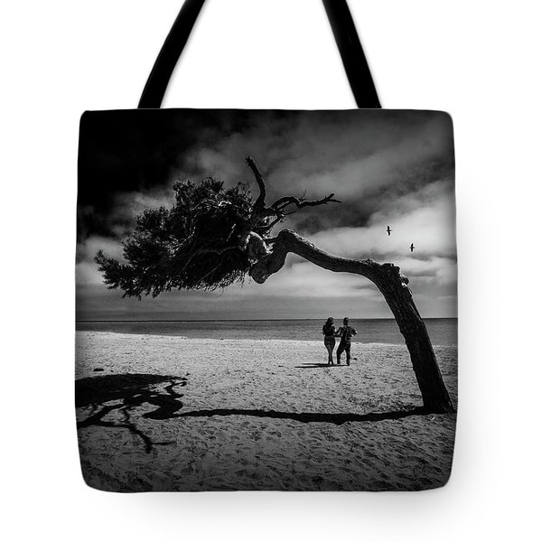 Tote Bag featuring the photograph Couple On Cabrillo Beach By Los Angeles California by Randall Nyhof