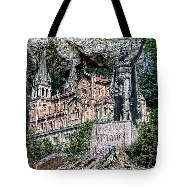 Tote Bag featuring the photograph Covadonga by Angel Jesus De la Fuente