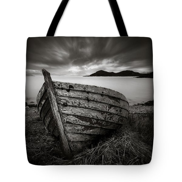 Cove Boat Tote Bag