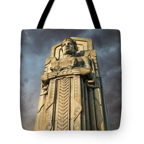 Covered Wagon Guardian On Hope Memorial Bridge Tote Bag