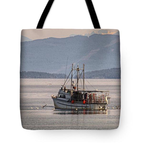 Crabbing Tote Bag