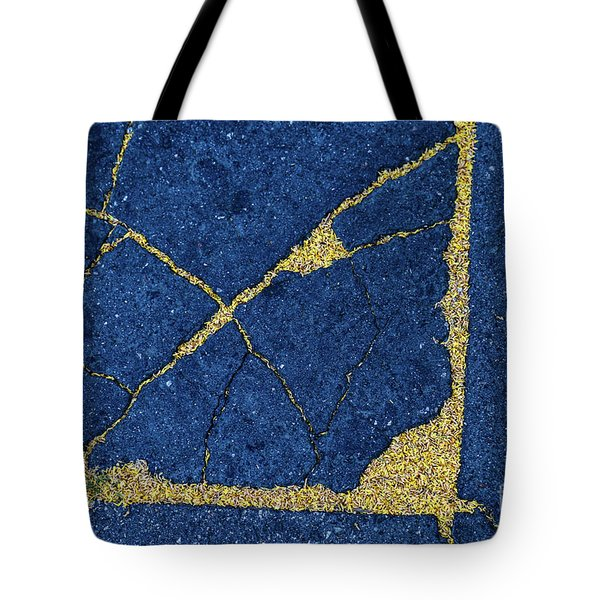 Cracked #8 Tote Bag