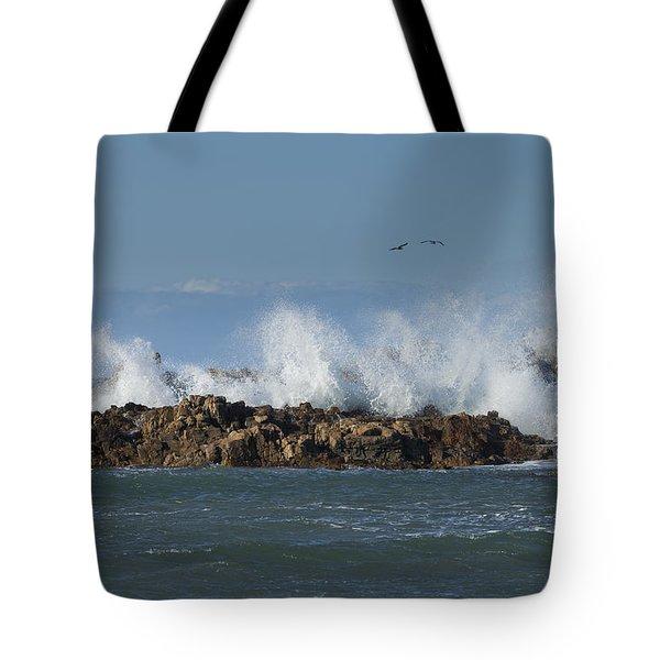 Crashing Waves And Gulls Tote Bag
