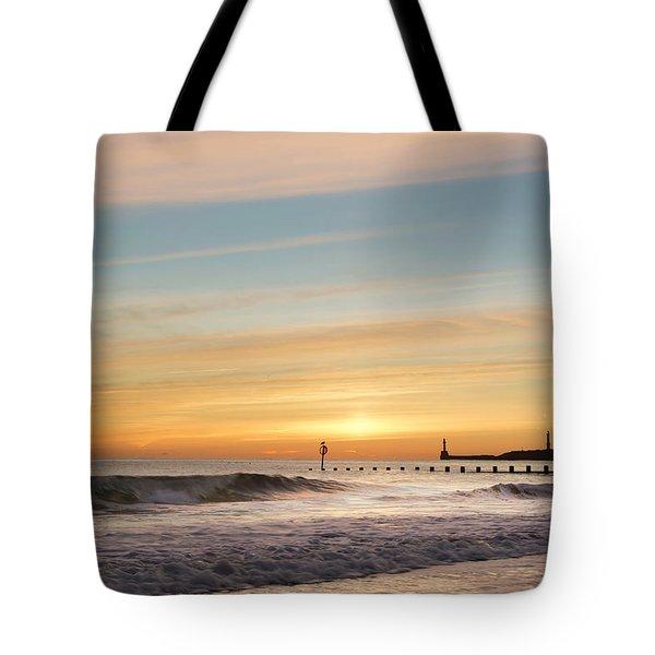 Crashing Waves At Aberdeen Beach Tote Bag