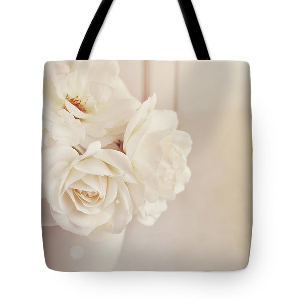 Tote Bag featuring the photograph Cream Roses In Vase by Lyn Randle