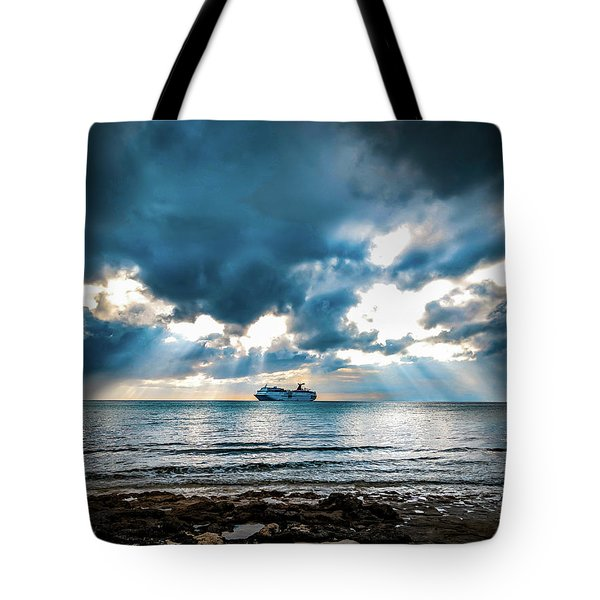 Cruise In Paradise Tote Bag